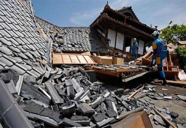Nên làm gì khi động đất xảy ra ở Nhật Bản?